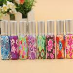 Lege parfum flesjes, bloem motief, 10 ml.